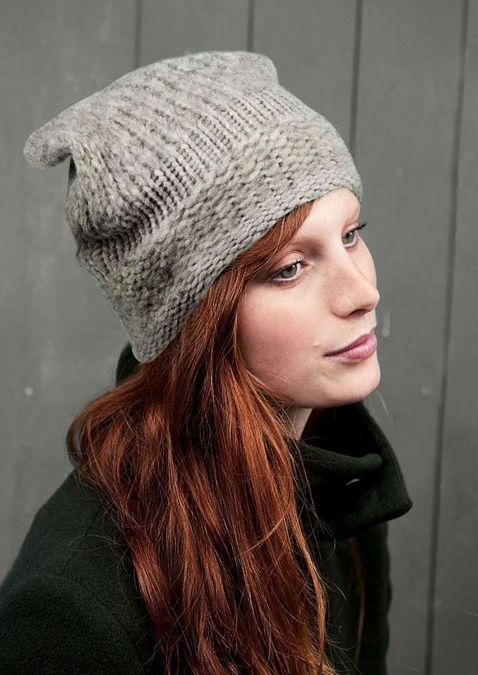 Lana Grossa MÜTZE GLATT LINKS UND GLATT RECHTS Alta Moda Cashmere 16/Cloud