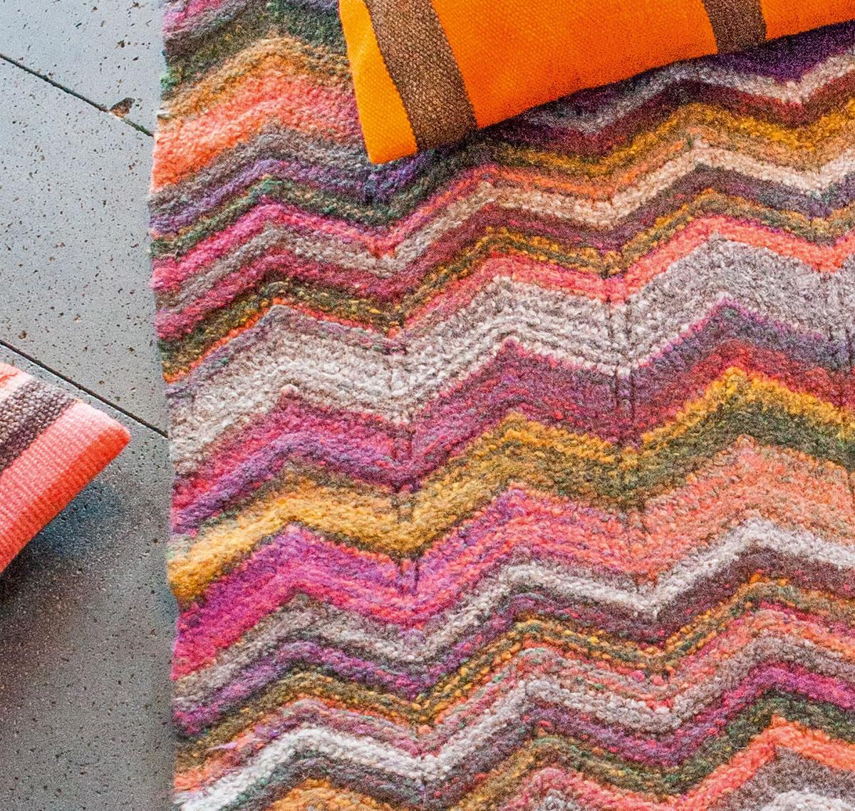 lana grossa gefilzter teppich im zackenmuster feltro spectra filati handstrick no 59 home. Black Bedroom Furniture Sets. Home Design Ideas