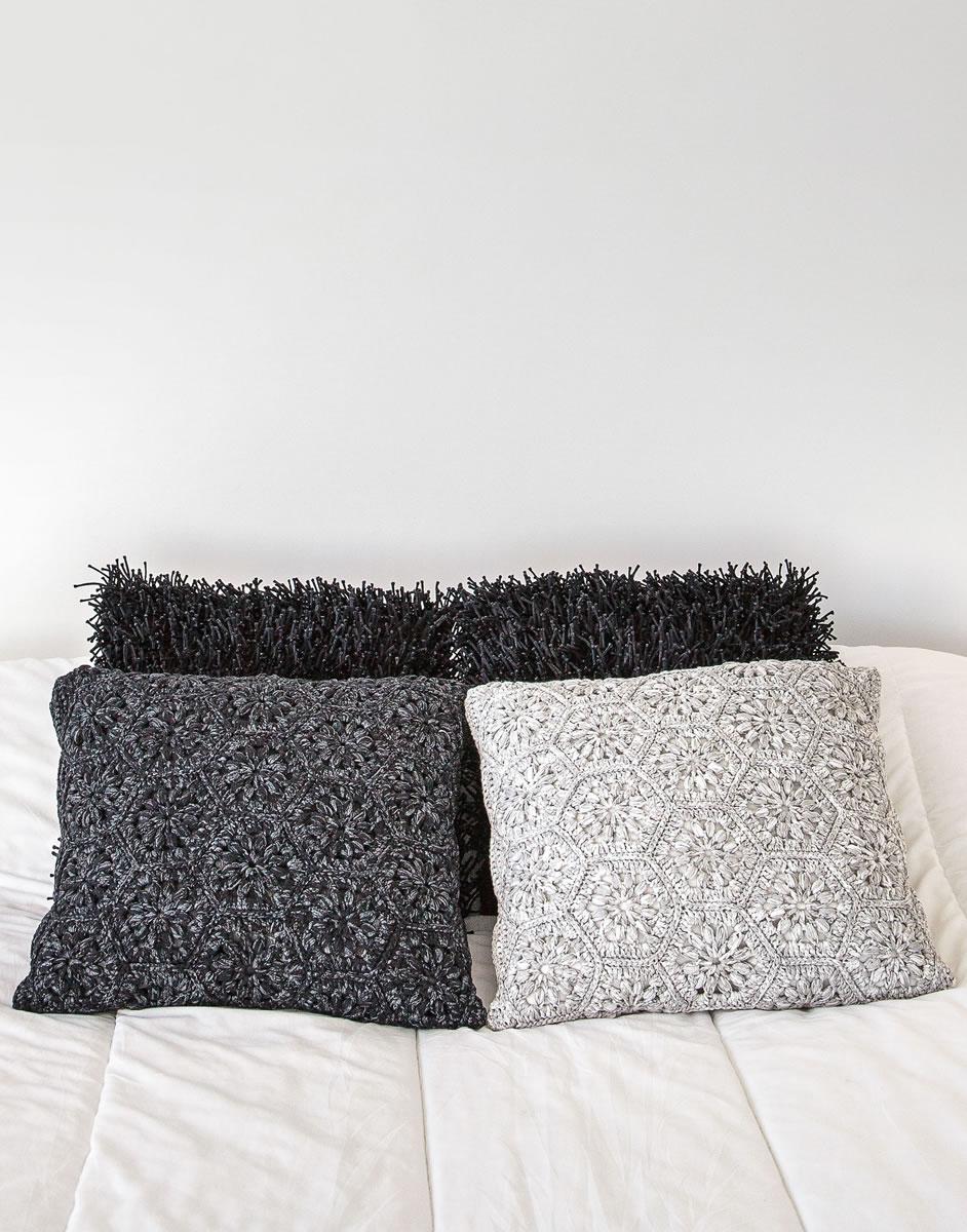 lana grossa kissenh lle aus sechs und dreiecken roma filati handstrick no 63 home modell. Black Bedroom Furniture Sets. Home Design Ideas