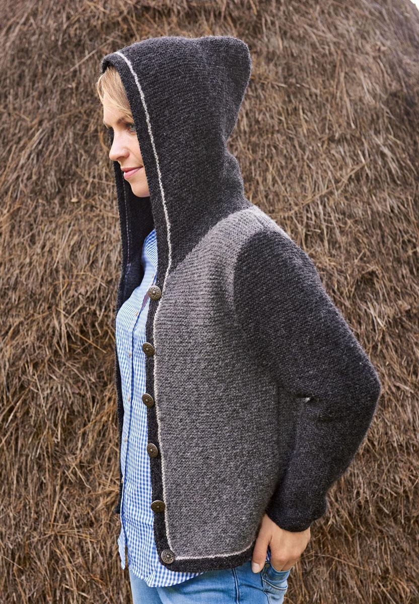 lana grossa damenjacke mit kapuze und streifenblenden alta moda alpaca trachten mit magdalena. Black Bedroom Furniture Sets. Home Design Ideas